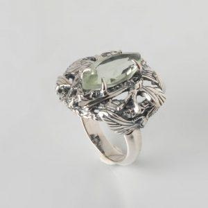 Сребърен пръстен със зелен аметист маркиза